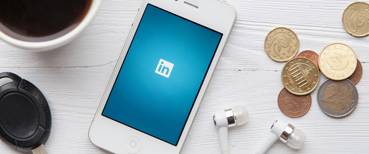 how to promote an event with LinkedIn ads
