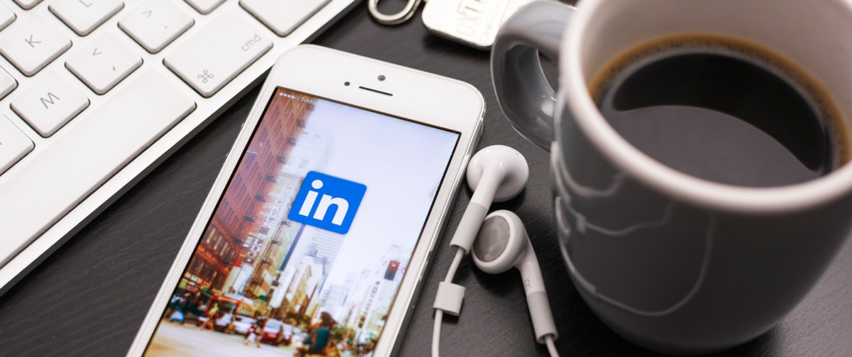 LinkedIn promote your event by sending a direct message