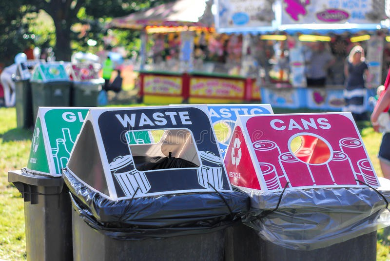 selective recycle bins at green events